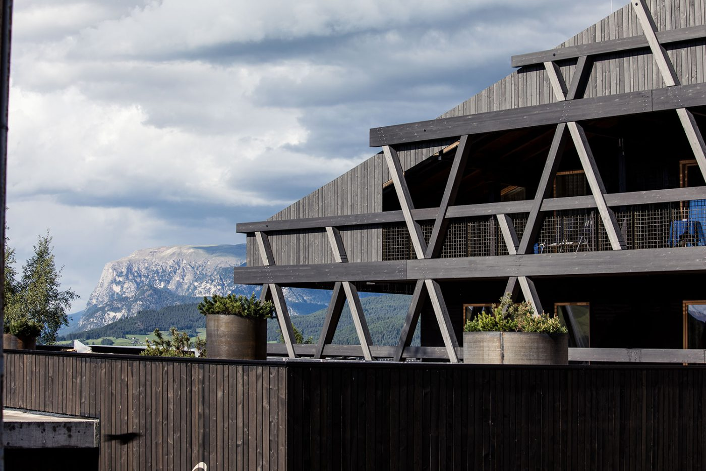 Facade of a hotel in South Tyrol in laminated wood