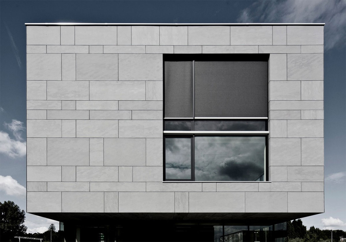 Building facade covered with Equitone Tectiva fiber cement panels