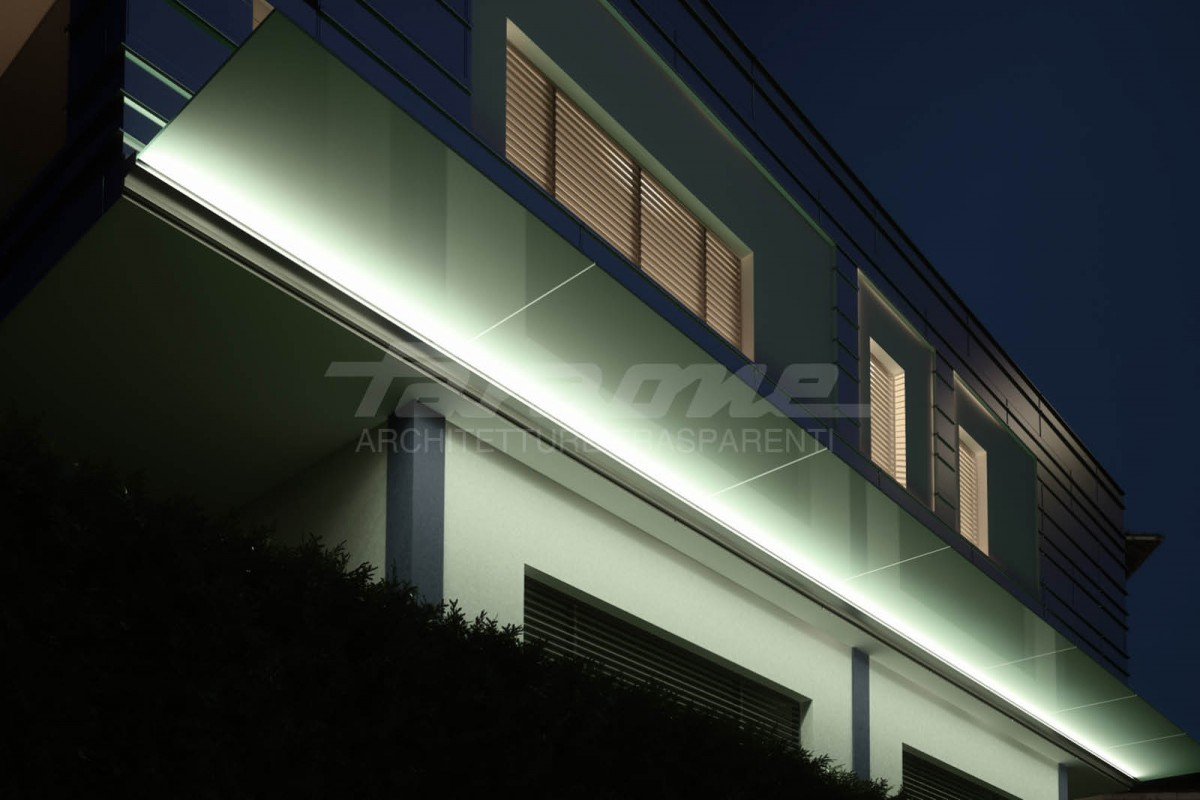 Faraone illuminated glass canopy