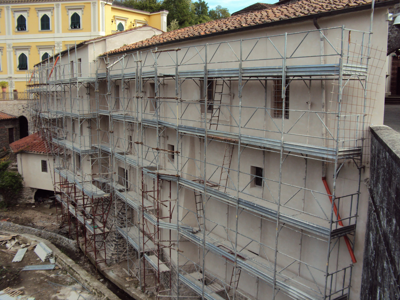 Renovation of the Villafranca building with the FerriTECHNIC structural reinforcement and restoration system