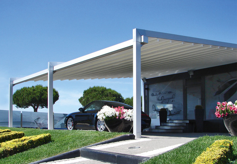 Pratic pergola used to create a parking space