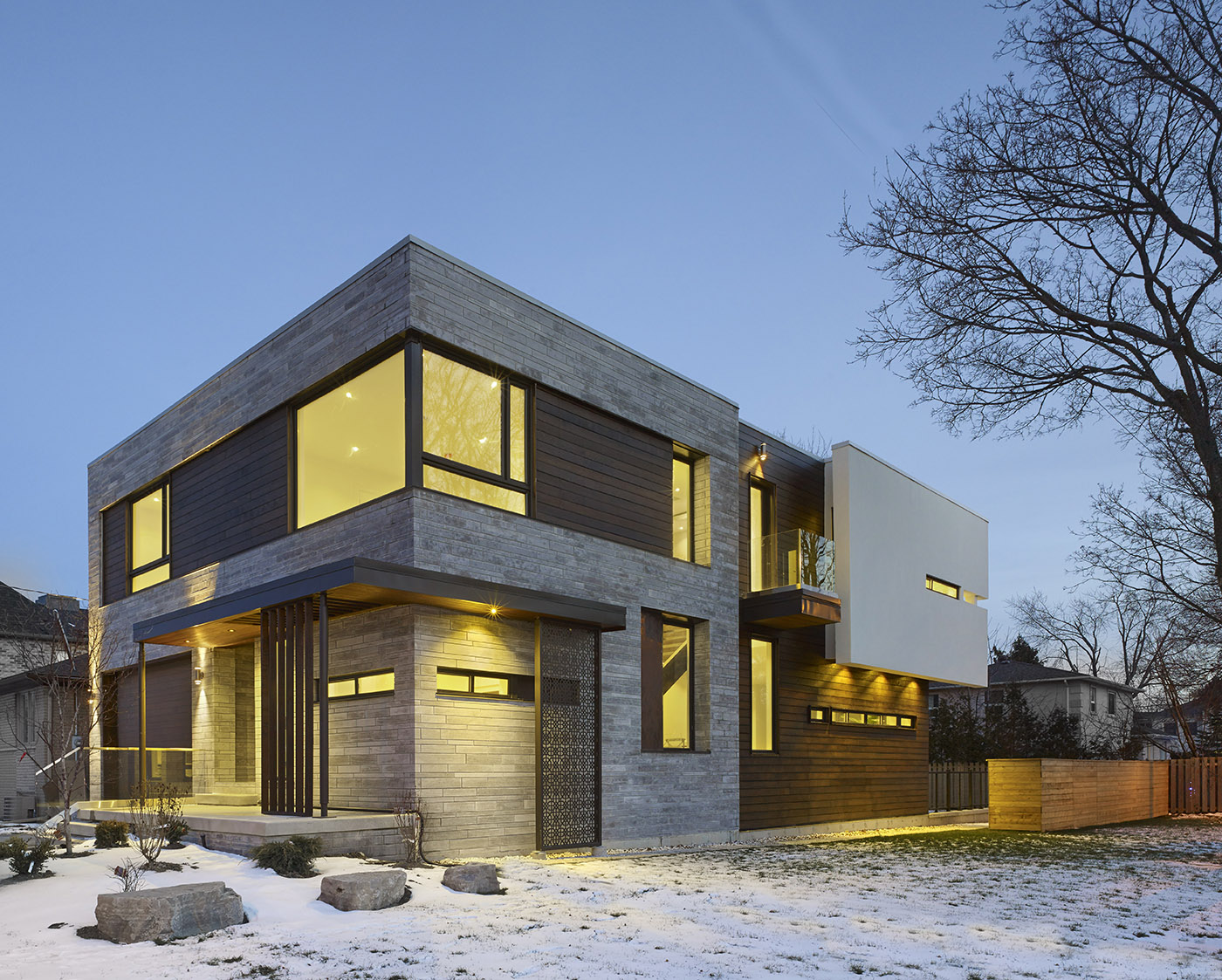 Modern home combines design and functionality. Simple lines combined with natural and refined materials